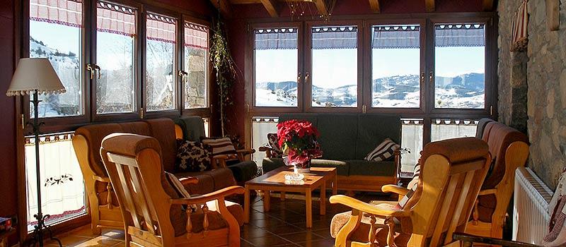 Quienes somos hotel de monta a y restaurante tradicional for Hotel familiar montana